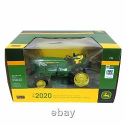 1/16 John Deere 2020 Gas Tractor with Side Exhaust by Spec Cast JDM268