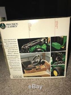 1/32 John Deere Model 8400 MFWD Tractor with Duals #8 Precision Classics New ERTL
