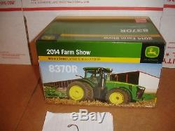 1/32 john deere 8370 r gold plated farm show tractor