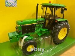 1/32 scale Britains 42902 John Deere 3050 tractor tracteur traktor