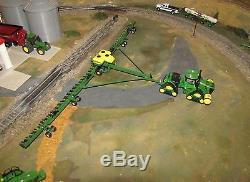 1/64 John Deere Bauer Built DB120 48 Row MaxEmerge 5 Planter with 9570RX Tractor