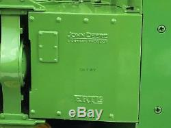 2002 Ertl 1/16 Precision Classics John Deere Model 8020 Tractor Broken Wheel
