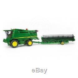 Bruder Toys 02132 Pro Series John Deere Combine Harvester T670i 116 Scale