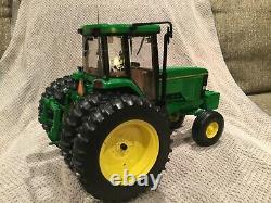 Custom John Deere 7800 Elite #4 Precision Tractor Ertl 1/16 Scale