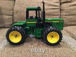 Custom John Deere 8450 4-Wheel Drive 4wd Toy Tractor 1/16 Precision Detail, Ertl