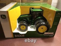 ERTL 116 Prestige Collection John Deere 8400R Tractor with Triple Rears