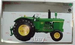 ERTL 116 Scale John Deere Model 5010 Tractor Precision Classics 15608 NIB