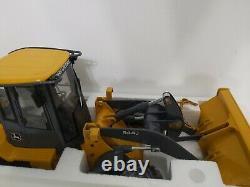ERTL 1/16 JOHN DEERE 544J Wheel Loader Precision Construction