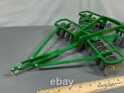 JOHN DEERE 18 Scale TANDEM DISC Tractor Implement Scale Models HUGE Die-Cast