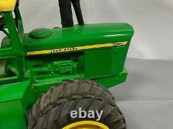 JOHN DEERE 7020 4WD Tractor 116 Ertl CUSTOM with Duals and Weights 7520
