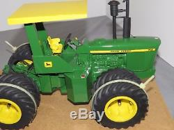 JOHN DEERE 7520 Precision Engineering 4WD Toy Tractor 1/16 CUSTOM with Duals ROPS