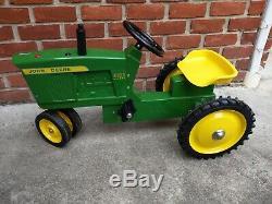 John Deere 4020 pedal tractor Ertl narrow front