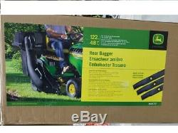 John Deere 48 Twin Bagger for 100 Series Tractors BG20777