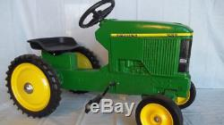 John Deere 7410 Pedal Tractor by ERTL NIB! Unassembled