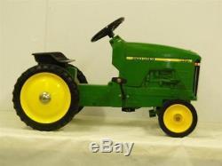 John Deere 8400 Pedal Tractor by ERTL NIB! Unassembled