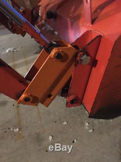 John Deere, Kubota LA302 loader Tractor Quick attach system/quick release system
