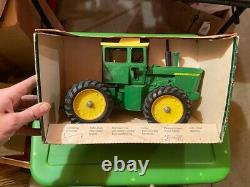 John Deere ORIGINAL 4-Wheel Drive Cab tractor Ertl 1/16 NIB NW IN Box 510 RARE