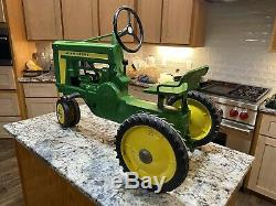 John Deere Pedal Tractor Early Model Rare Very Good Condition Open To Any Offers