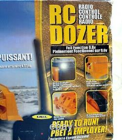 RARE! ERTL RC Radio Control John Deere 850J BULLDOZER 27MHz Mint in box