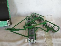 Scale Models Ertl 1/8 John Deere Disk Disc Harrow Farm Toy Implement