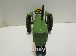 VINTAGE ERTL JOHN DEERE 3020 FARM TRACTOR With3-POINT HITCH & DIE CAST WHEELS