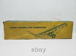 Vintage ESKA CARTER John Deere Hay Elevator by Ertl 1/16 Scale with RARE Box