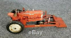Vintage Earlie Tru-scale Tractor With Front Bucket Die Cast