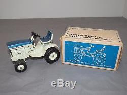 Vintage John Deere 140 Patio Lawn Garden Tractor ERTL New in Box RARE Blue